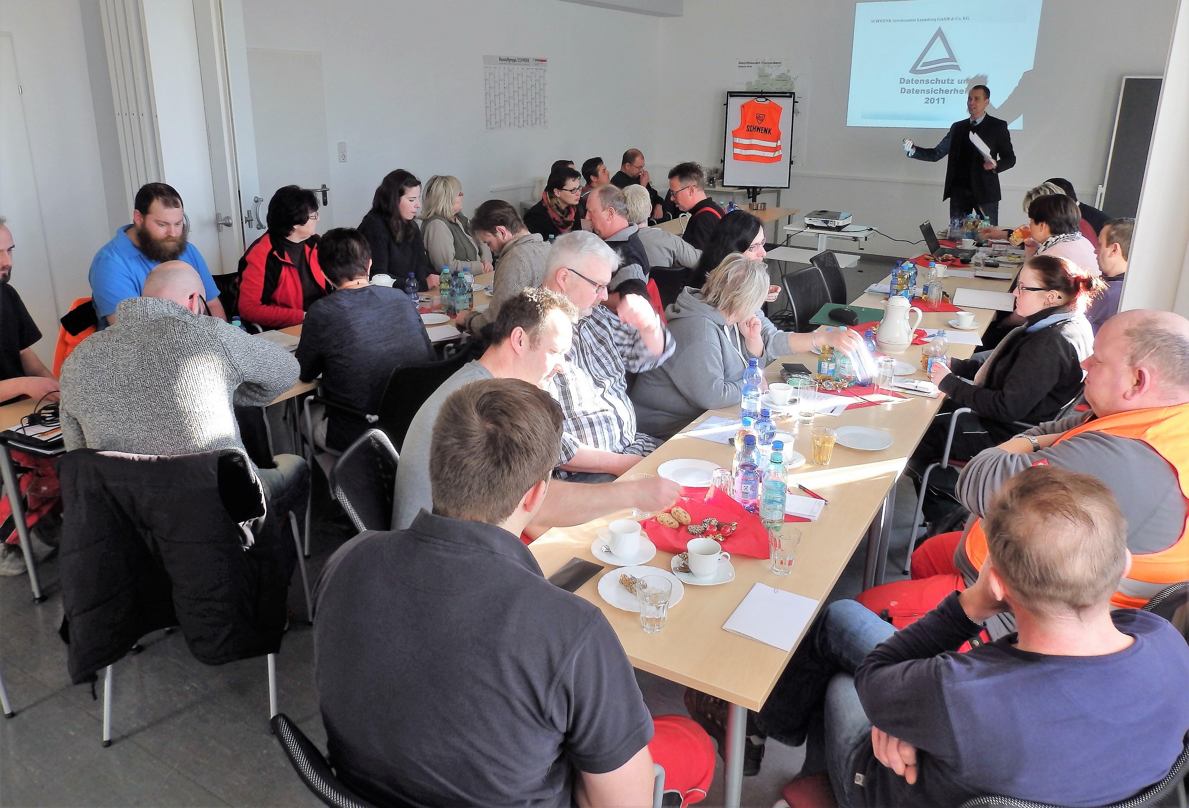 Schulung unserer Mitarbeiter im SCHWENK Technologiezentrum